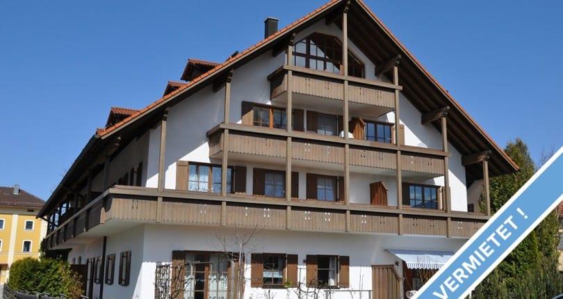 Zweitwohnsitz im Chiemgau gesucht? Gemütliche 1-Zi-DG-Whg. in zentraler Lage in Übersee am Chiemsee