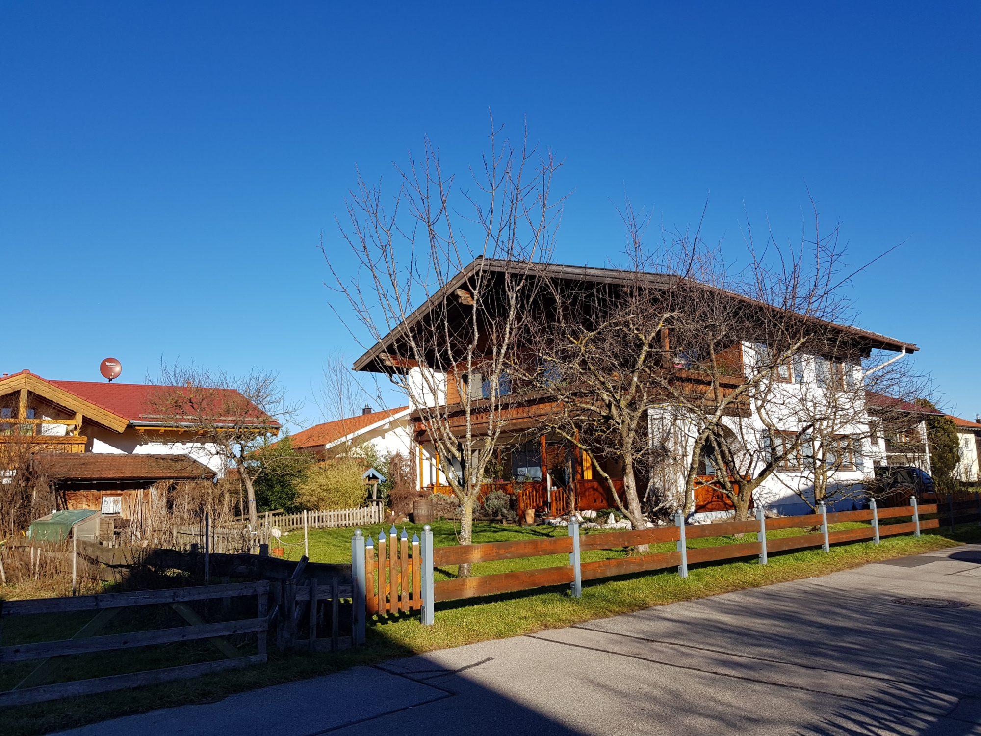 Wunderbares Ein- bzw. Zweifamilienhaus in begehrter Wohnlage in Grassau bei Chiemgau