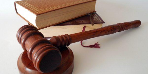 Ab 23.12.2020 gilt das neue Gesetz. Damit werden in das BGB neue zusätzliche Regelungen über die Maklerprovision eingefügt.